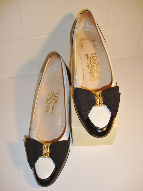 Vintage Salvatore Ferragamo Shoes Black and White Leather Heels, Size 7 B