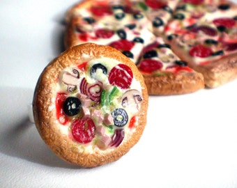 Pizza. Ring.
