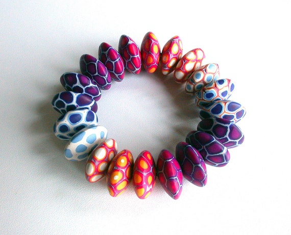 Nuria Bracelet - Shifting Colors
