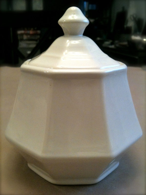 ceramic apothecary jar octagonal lid