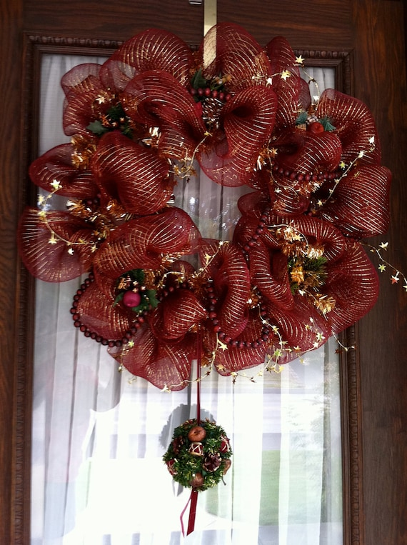 Elegant Christmas Mesh Wreath