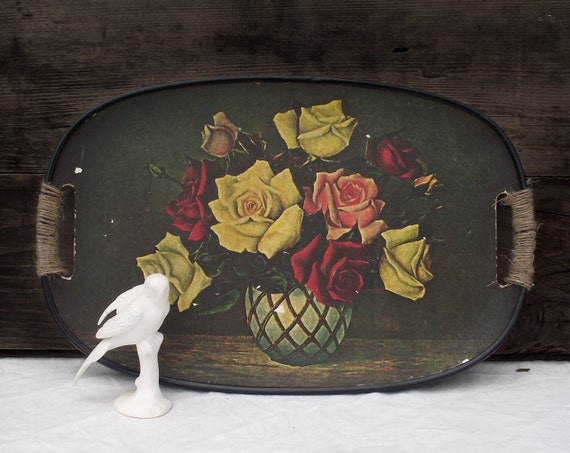 floral tray green black with handles made of particle cardboad