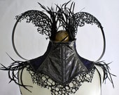 Neck Corset with black feathers, blue/black fabric and 'Snakeskin' fabric