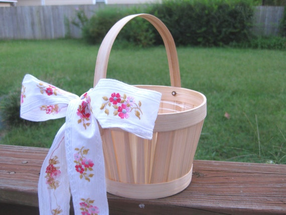2 DIY Simple Shabby Chic Flower Girl Baskets Eco-friendly, Reusable Keepsake for Country, Outdoor, Farm Wedding