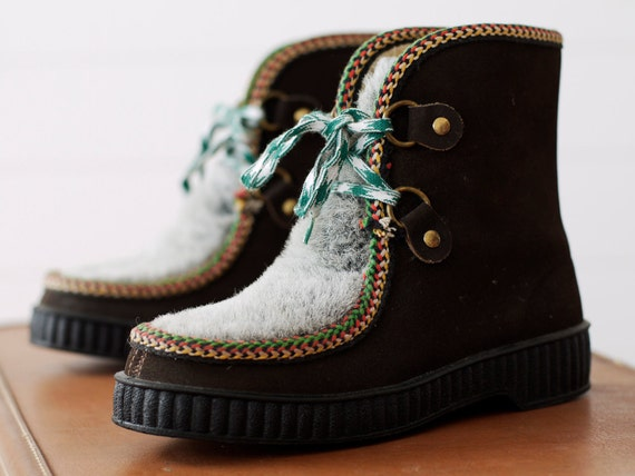 Vintage 1970s Nordic Boots NWOT // Treasury Item
