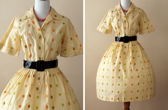 1950s Party Dress / 50s Full Circle Skirt Yellow Floral // Crazy Daisy