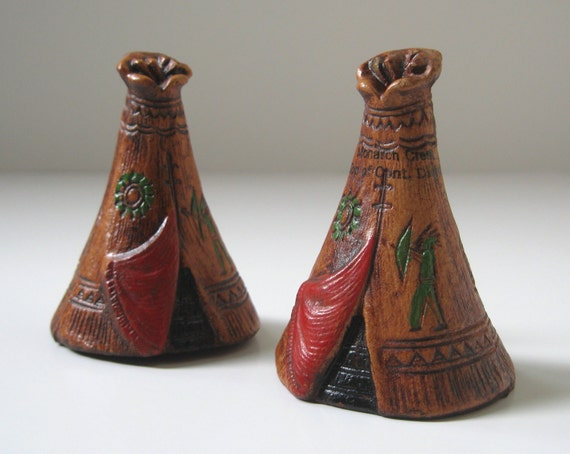 Vintage Salt and Pepper Shakers, American Indian Teepee, Thanksgiving Decor