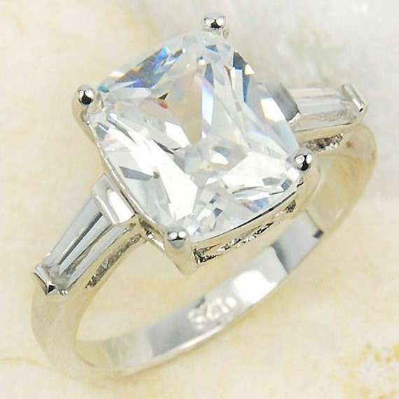CLASSIC GLAM GIRL Size 6.5 Stunning 925 Sterling Silver with Emerald Cut Sterling Silver White Topaz  Lady's Ring