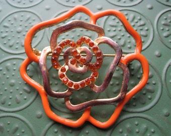 Vintage Orange and Gold Tone Flower Brooch