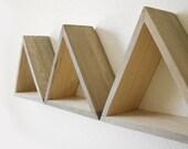 Natural Triangle Shelves - 'Beachwood' exterior grey - Shelf Set of 3
