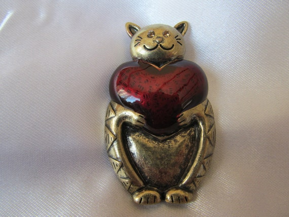 Vintage Singed Copper Cat with Red Enamel Heart and Gold Rhinestone Eyes, Signed Brooch with Pendant Link