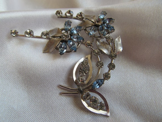 Vintage Silver Tone Brooch with Blue and Clear Rhinestones, Etched and Open Leaves, Vintage Silver Tone Brooch