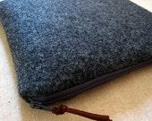 Padded iPad case, kindle DX - Handmade dark grey felt