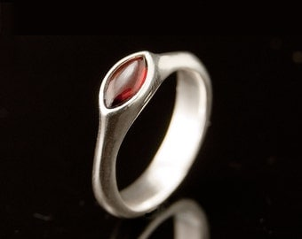 Marquise Garnet Cab Engagement Ring in Silver