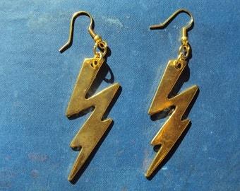 80s style brass lightening bolt earrings - gold plated