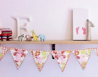 SAMPLE SALE!*** Personalized butterfly bunting. Nursery Decor.