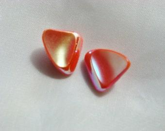 Vintage Buttons-Mod Triangles-Iridescent-Coral-Orange-Bakelite-Enamel