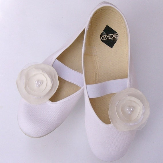 shoes for romantic bride /ballet flats shoes jarmilki wedding woman poletsy fashion gift elegant summer comfortable white beige simple