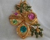 Vintage Rhinestone Christmas Brooch