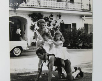 Tony Curtis Janet Leigh with daughters Jamie Lee and Kelly Curtis 9.5 by 14 inch One of a Kind Photo 1960