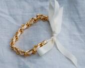 Chain and Ribbon Bracelet- Gold/White