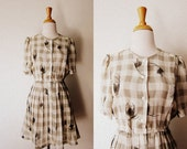 RESERVED FOR TAMMERBOT Vintage 'A Fashionable Housewife' Abstract Feather Plaid Checked Pleated Dress