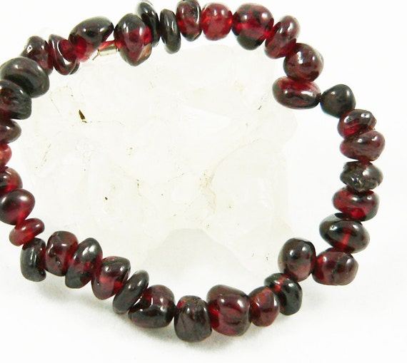 Gemstone Child's Stretch Bracelet - Red Garnet
