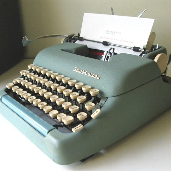 Smith Corona Typewriter Silent Super Blue 1950s