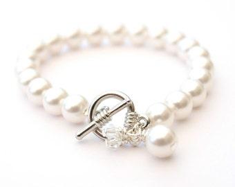 White Wedding Pearl Bracelet Crystal Charms Bridal Jewelry Wedding Bridesmaid Gift Maid of Honor Swarovski Pearls