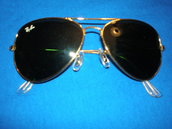 Vintage 1980s Genuine Ray Ban Aviator Sunglasses
