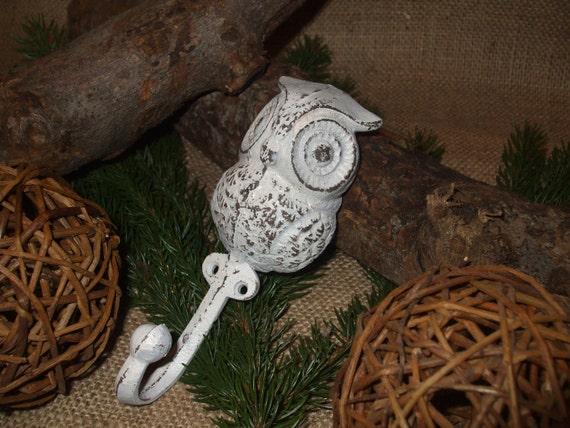 Super cute cast iron owl hook