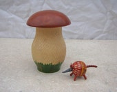 Russian Wooden Mushroom Container