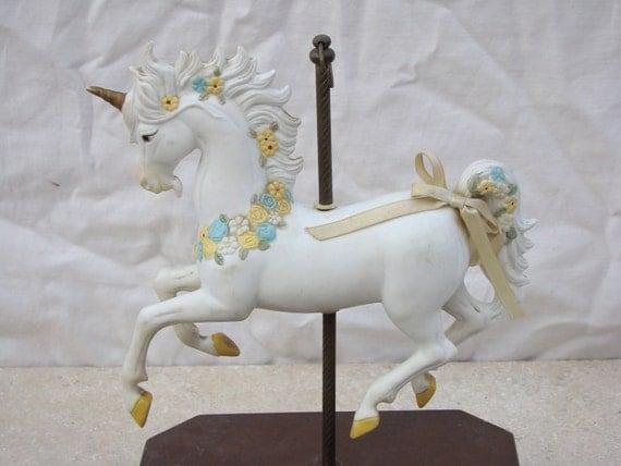 Unicorn / Musical / Carousel Horse / Merry go Round / Ceramic / Child Nursery / Vintage