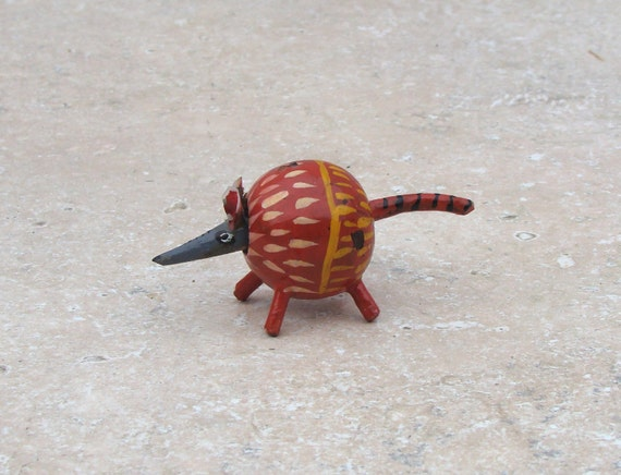 Toy Armadillo Russian Wooden Bobble Head Toy