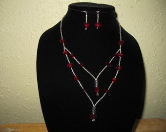 Marilyn Maroon Necklace and Earrings