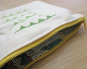 Ombre Bunting Slouchy Zipper Pouch/Make-up Pouch // Green