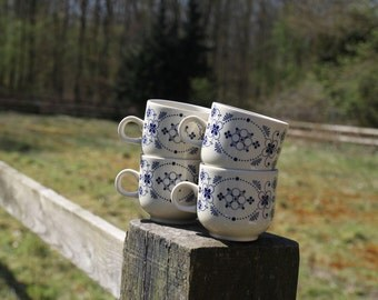 Cups from colditz, set of four white and blue cups, made in GDR