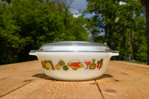 Vintage Pyrex casserole Fiesta and Pyrex France utility cover