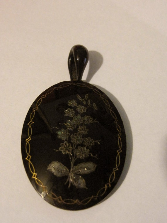 Victorian Mourning Locket Whitby Jet Victorian Jet Hair Jewelry Locket Victorian Jewelry