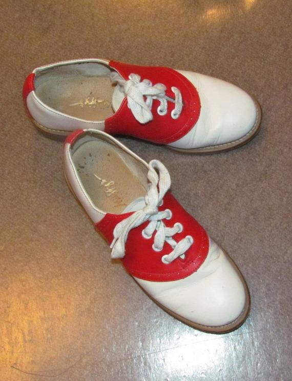 Rare Fabulous Vintage Red & White Saddle Shoes- size 5 1/2