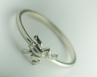 Frog Ring, Sterling Silver Frog Ring, Frog Jewelry, Dainty Frog Ring, Sterling Silver, Frog Ring Silver, Simple Frog Ring, Minimalist Ring