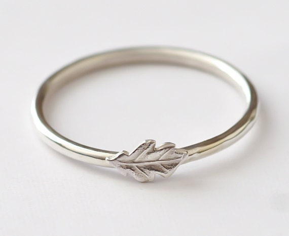 leaf ring stackable sterling silver oak leaf ring oak leaf