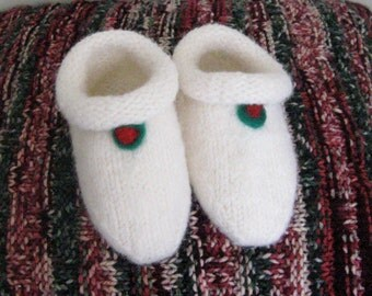 Knit felted chlld's slippers, handmade wool felt slippers, white wool slippers, children's slippers