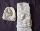 Cream Aaron Moss Stitch Hat and Scarf Set