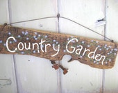 Garden Sign - Country Garden - Yard Art Woodworking Old Wood Painted Sign