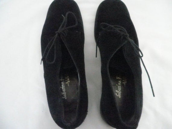 SALVATORE FERRAGAMO Black Suede Loafers/Shoes Made in Italy Size 8.5 AA--Vintage and Pre-owned