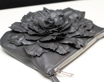 Leather flower cross body purse art.80R73