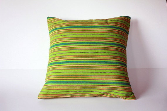 14x14 Guatemalan pillow in green