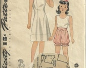 Ca late 1940s simplicity 1923 Girl's slip, bloomer and pantie size 12