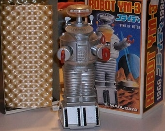 Robot LOST IN SPACE Vintage Collectible